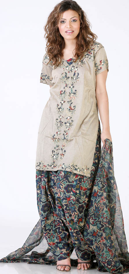 khaki_salwar_kameez_with_apllique_work_and_printed_kl20.jpg