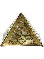 Vastu Pyramid with Surya Yantra, Mangala Yantra, Shri Yantra and Ganesha with Syllable Mantra