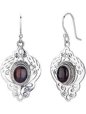 Jali (Lattice) Earrings with Garnet