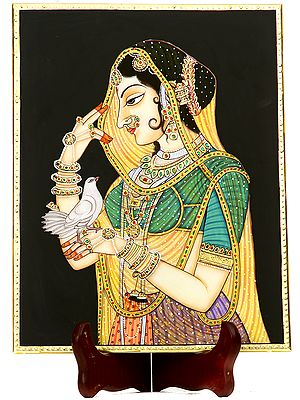 A Mughal Lady-In-Waiting And The Feathered Messenger